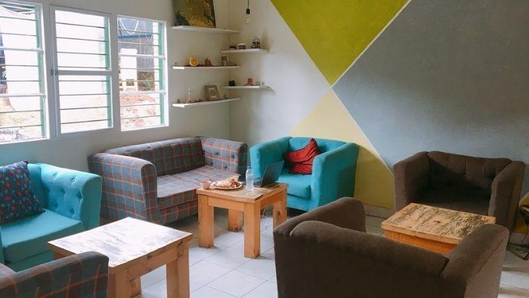 カフェの内観 ソファ